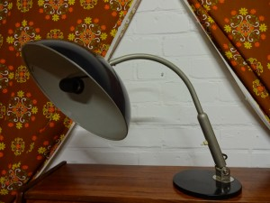 VINTAGE HALA BUREAULAMP VAN H.TH.J.A. BUSQUET MODEL 144